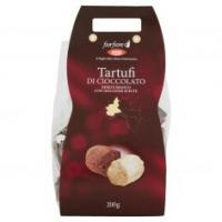 Tartufi Di Cioccolato Nero E Bianco Con Nocciole Scelte